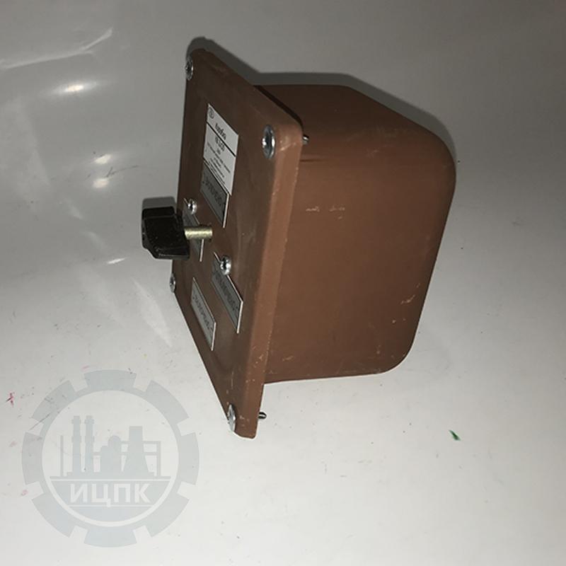 Коробка протяжная с выключателем КВ 2-10 фото №1