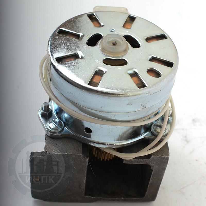 Редуктор Б-13.673.11 с электродвигателем ДСМ-0,2П фото №4