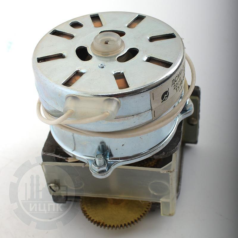 Редуктор Б-13.673.11 с электродвигателем ДСМ-0,2П фото №3